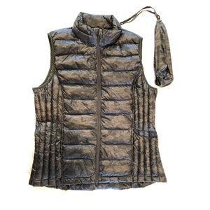 32 Degrees PACKABLE Light Weight Down Vest